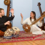 Sitar und Tabla, Benjamin Kroll und Lutz Strathmeyer (Surendra)